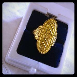Egyptian ornate gold vintage ring SZ 9